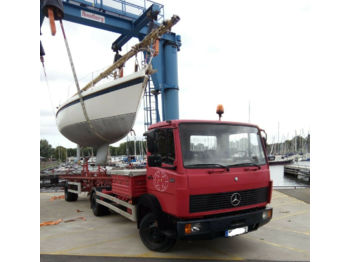 شاحنة Mercedes-Benz 814 Bootstransporter